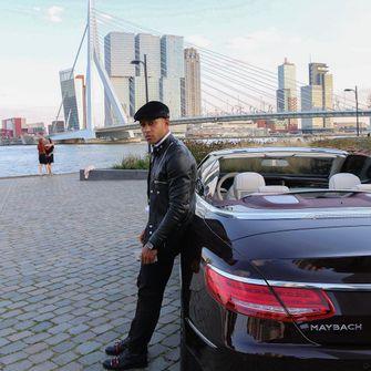Memphis Depay – Mercedes Maybach S650 Cabriolet