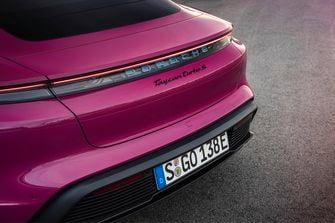 Porsche Taycan, Cross Turismo, 2022, update