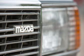 Uw Garage: Das Boot: Mazda 929 Stationwagon