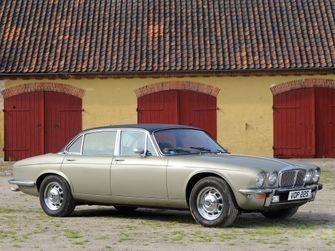 Daimler Double Six V12