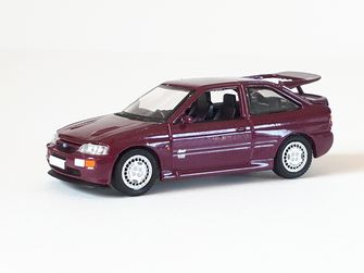 Must-haves: Ford Escort Cosworth, GreenLight, 1:64