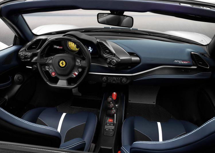 Interieur Ferrari 488 Pista.