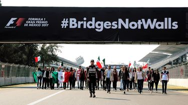 Sergio Perez in protest tegen Trump