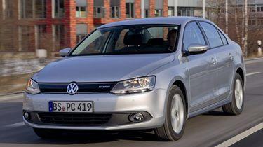 Volkswagen Jetta Hybrid a