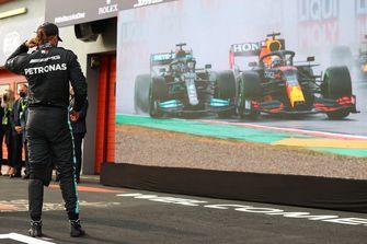 Lewis Hamilton op het circuit in Italië