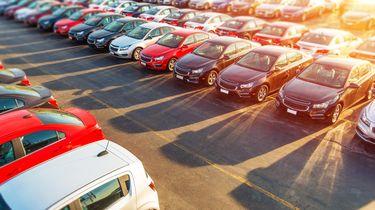 Parkeerterrein dealer