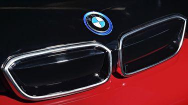 BMW i3S rood logo