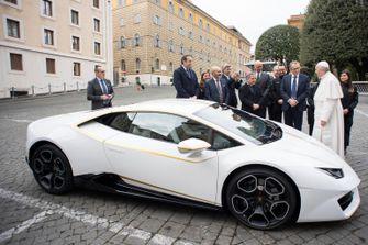 Pope Francis and Lamborghini Huracan