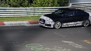Audi RS3 sedan, foto Mike Bouckaert