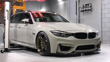 BMW M3 CS Touring