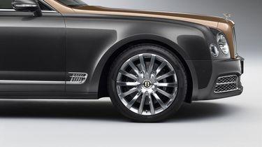 Bentley_EBW_WheelProfileCent_NewCentreBadge_Sml