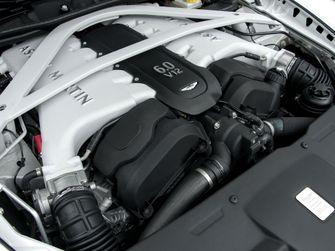 Aston Martin Rapide motor