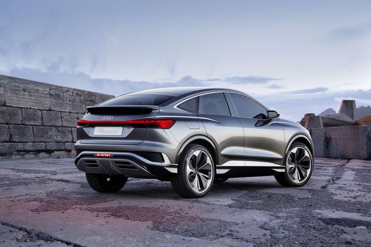 De nieuwe Q4 verschijnt als SUV, Sportback én tweedeurs cabriolet.