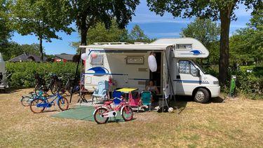De eerste camper van het gezin