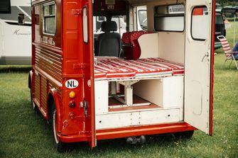 klassieker campers Citroen HY interieur