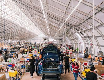 Tesla tent fabriek