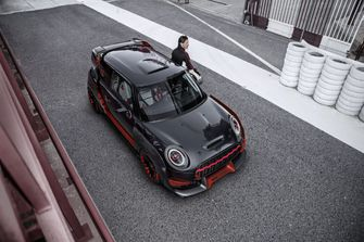 mini-john-cooper-works-gp-concept-2017-0001
