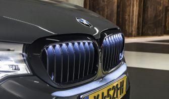 BMW 540i grille verlicht 2
