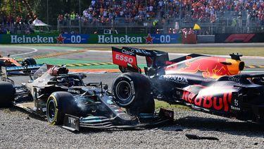 Verstappen en Hamilton crash Monza 2021