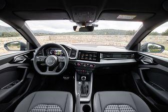 Dashboard Audi A1