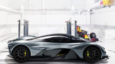 Aston Martin Red Bull AM-RB 001 - Autovisie.nl - 3